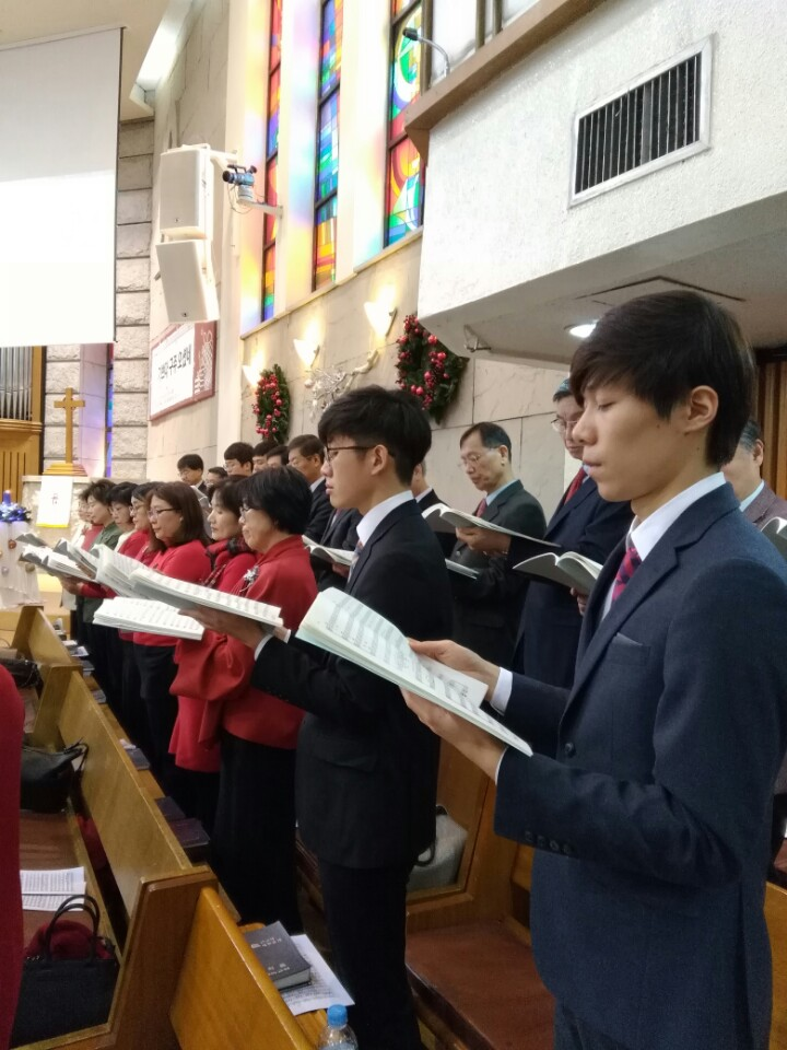 KakaoTalk_20161230_183559057이웃초청성탄축하음악예배.jpg