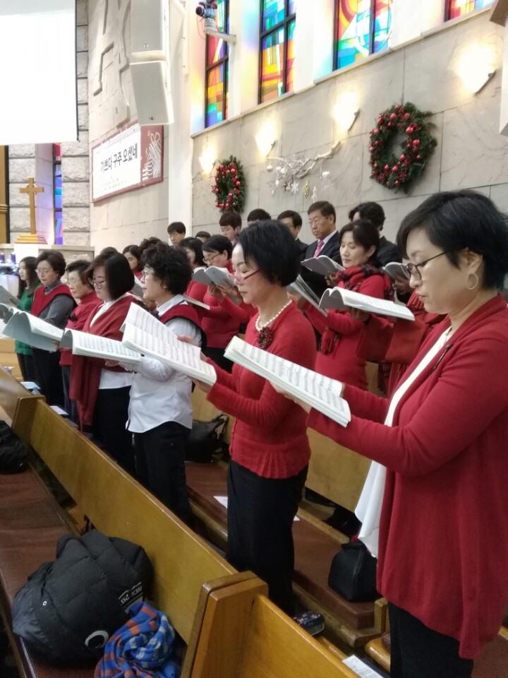 KakaoTalk_20161230_183559774이웃초청성탄축하음악예배.jpg